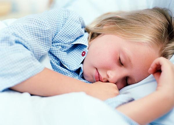 Troubles du sommeil chez les enfants des conseils pratiques - Trouble du sommeil que faire ...