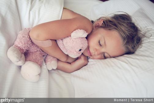 Nos conseils pour bien choisir le linge pour le lit de votre enfant.
