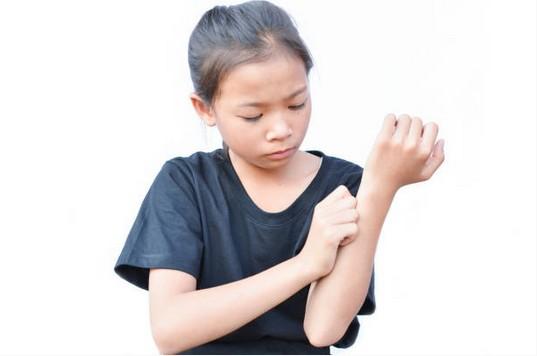 arthrite-douleur-enfant