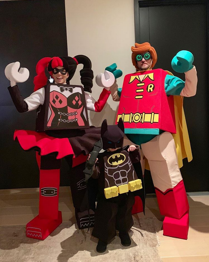 Justin Timberlake, sa femme et son enfant déguisés en superhéros façon Lego